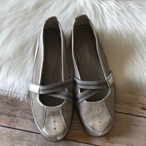 Aerosoles Silver Leather Loafers Flats Shoes 7 1/2
